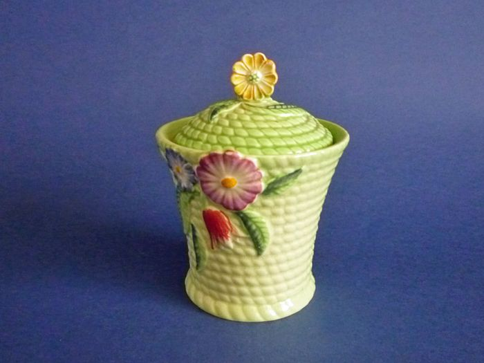 carlton ware green flowers and basket preserve pot c1939