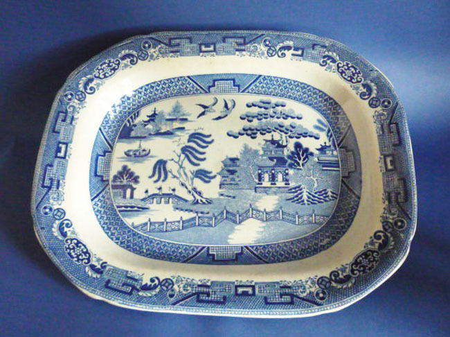 Fine Early Victorian Willow Pattern Meat Plate C P