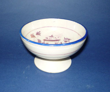 Hand Painted Sunderland Lustre Pottery Footed Bowl c1820