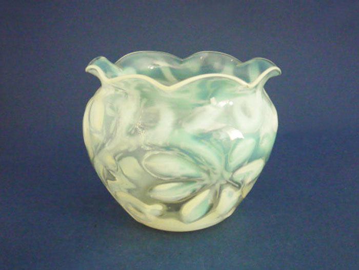 Superb Richardson S Horse Chestnut Leaf Vaseline Glass Vase C1890